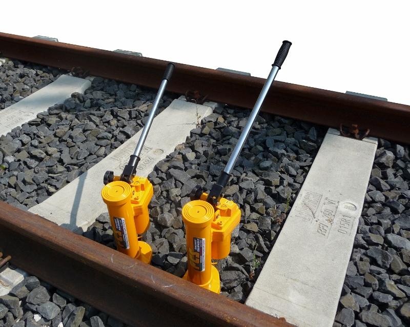 Binda idraulica hj 5 fcs rail attrezzature ferroviarie - Portata golfari di sollevamento ...
